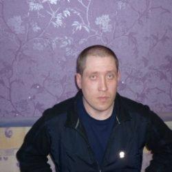 Стройный парень. Встретится с девушкой сегодня, один в отеле в Волгограде