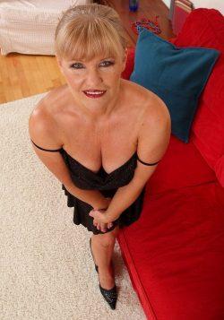 Милая хрупкая блондинка, высокая! Хочу секса с мужчиной в Волгограде!