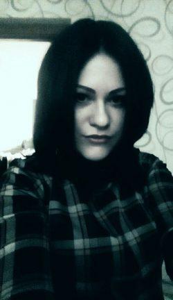 Девушка из Москвы ищет мужчину для общения и дружеского секса