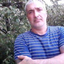 Парень. Ищу девушку только для секса в Волгограде